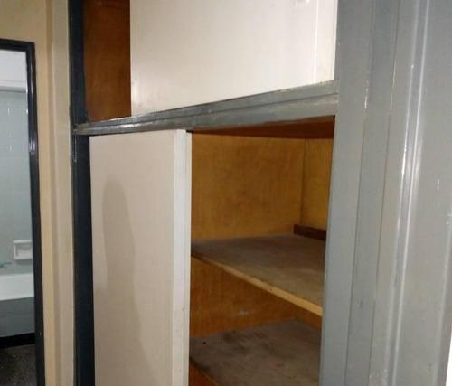 departamento de 2 ambientes en ramos mejia centro -sur- en alquiler