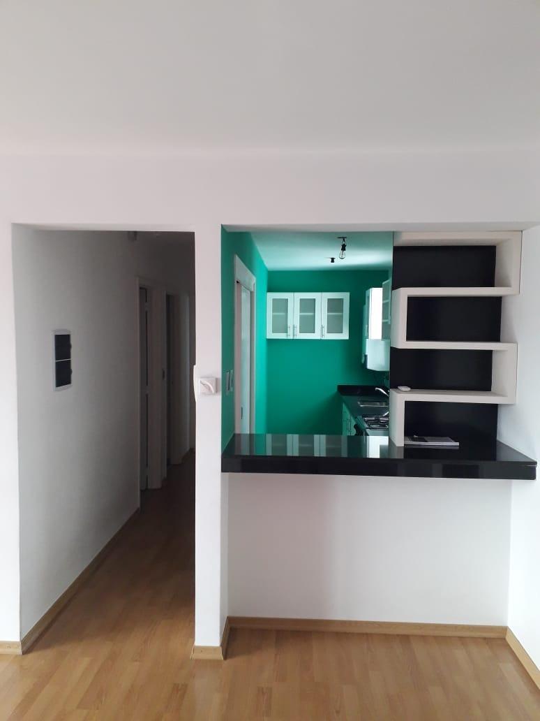 departamento de 2 dormitorio en la plata con balcón