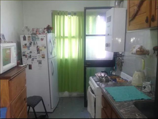 departamento de 2 dormitorios al frente apto banco - la plata