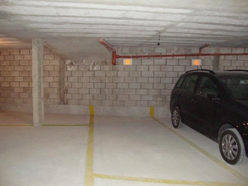 departamento de 2 dormitorios, céntrico, con pileta y asador