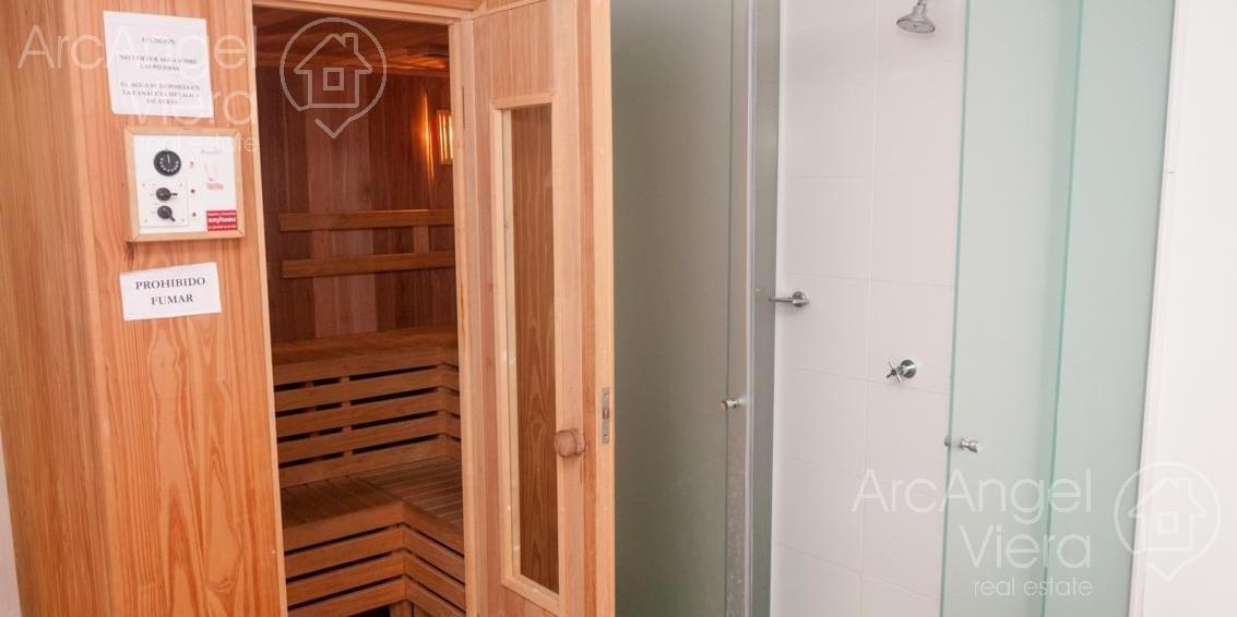 departamento de 2 dormitorios con amenities en torre manhattan, punta del este