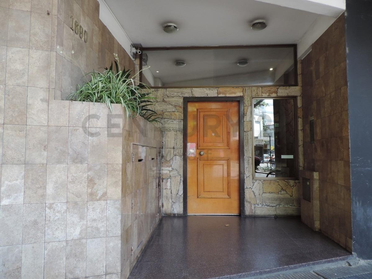 departamento de 2 dormitorios en venta en la plata