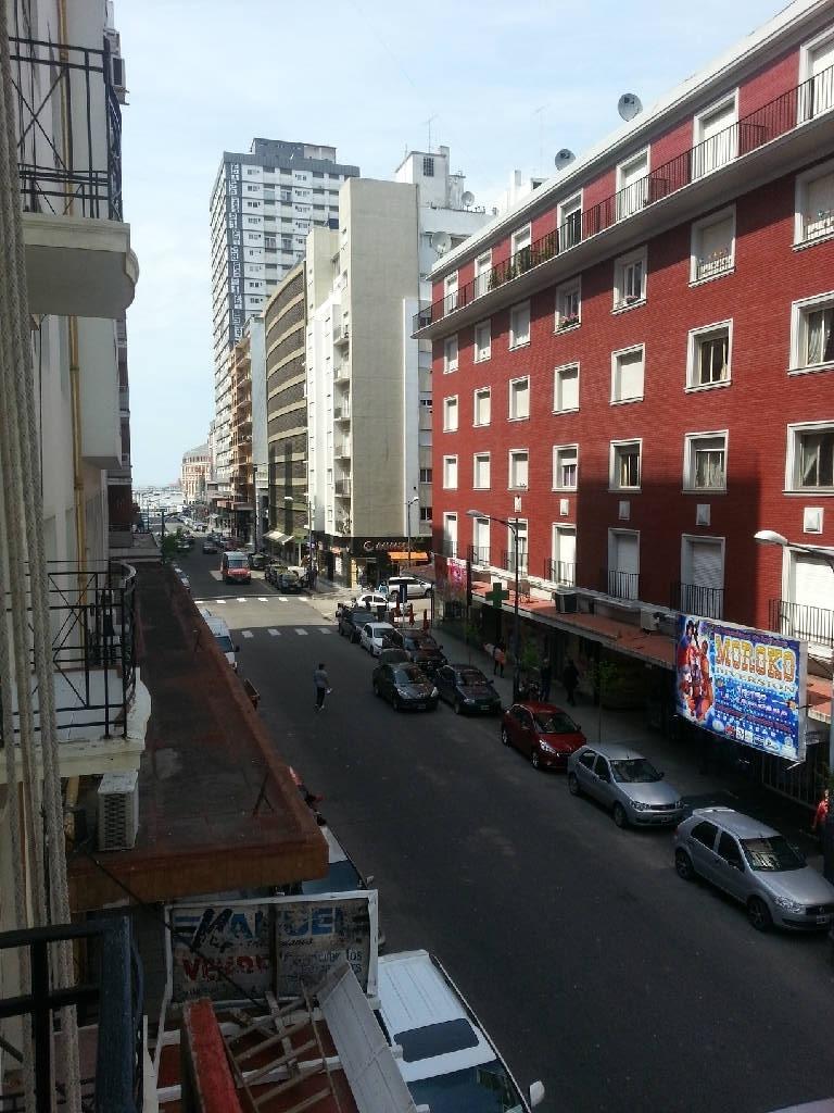 departamento de 3 ambientes a la calle con renta