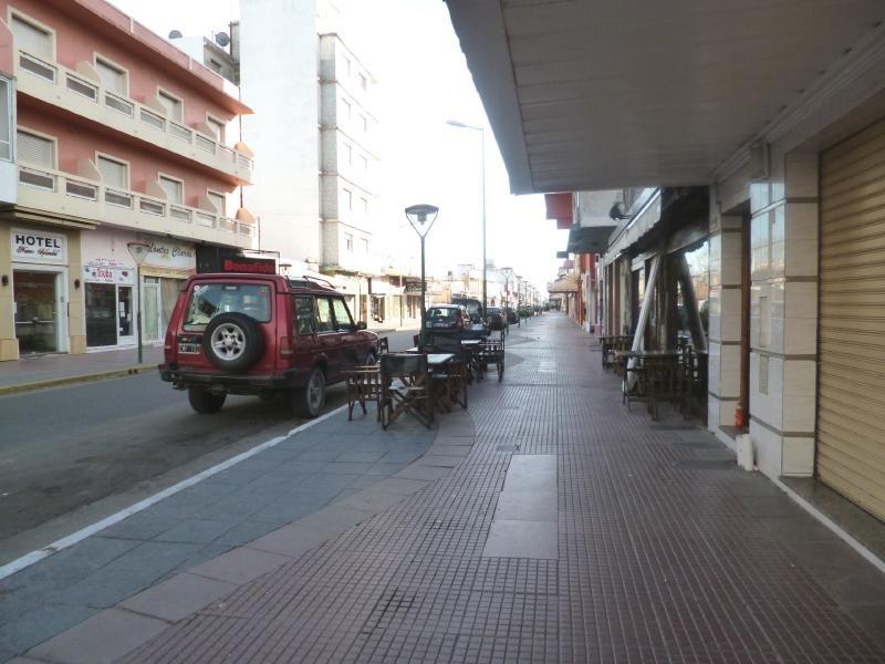 departamento de 3 ambientes a metros calle peatonal