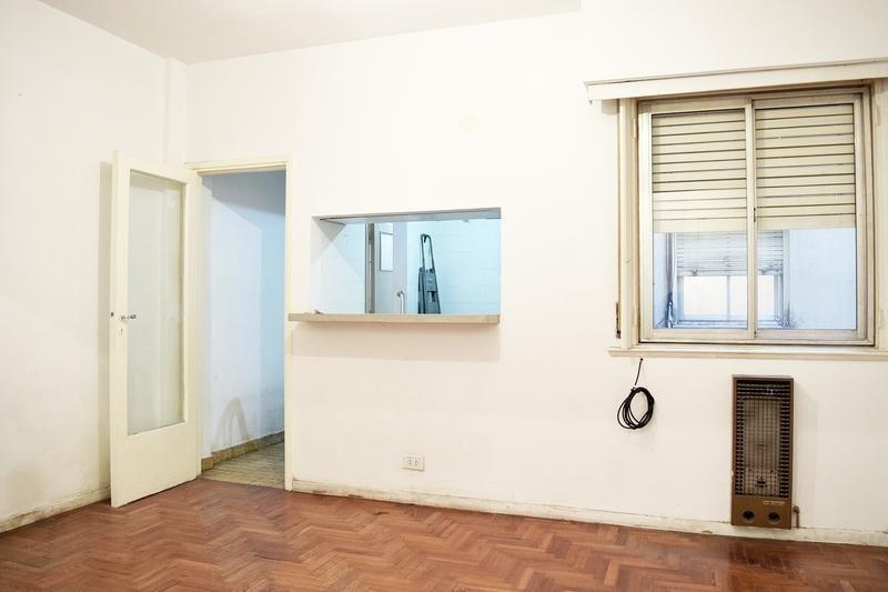 departamento de 3 ambientes - balcón - frente - colegiales