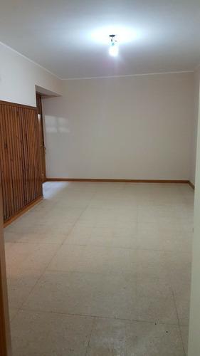 departamento de 3 ambientes  venta 64 mt2  argerich300remato