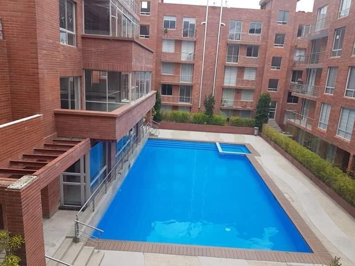 departamento de 3 dormitorios 2 baños con piscina