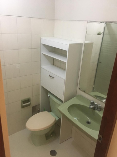 departamento de 3 habitaciones, 3 baños, 1 cochera.