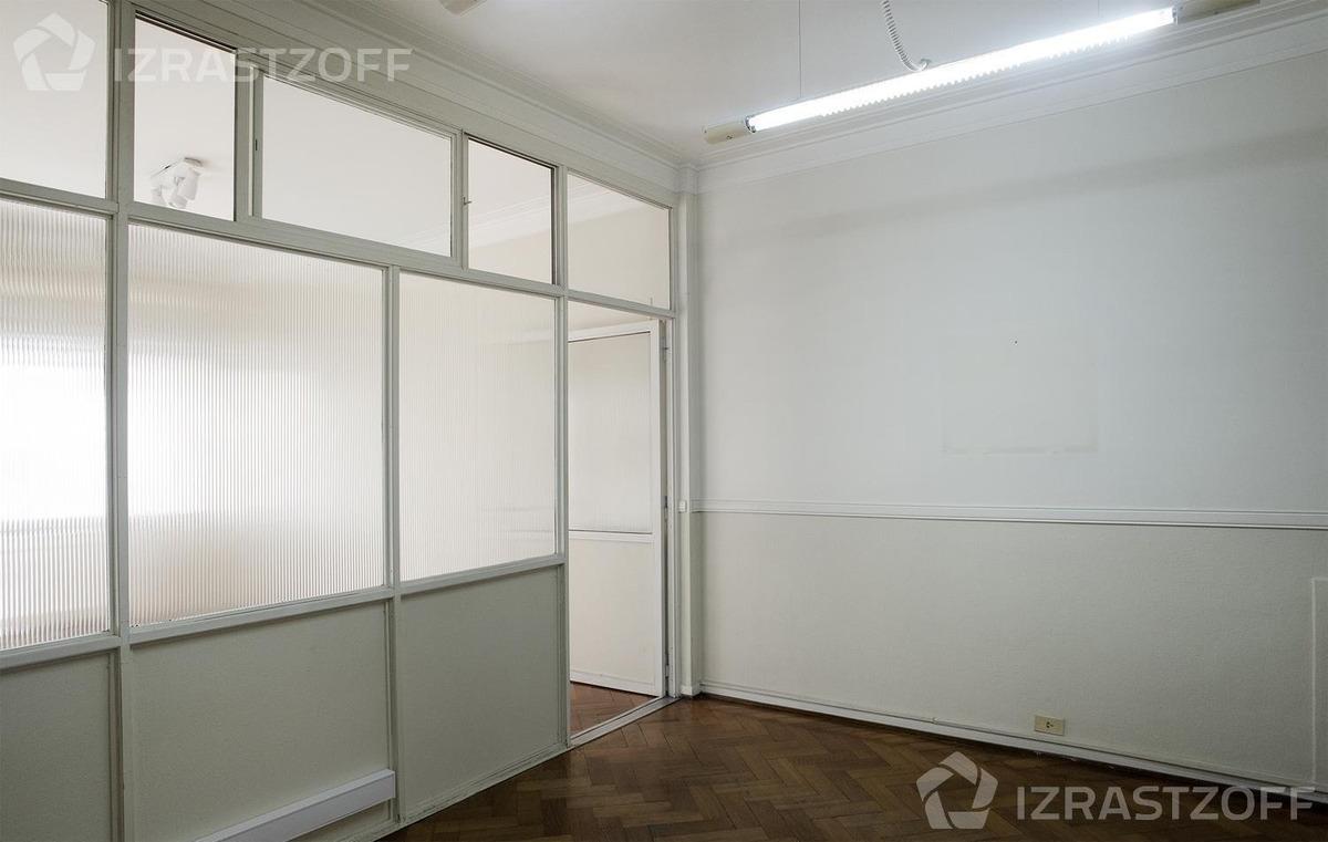 departamento de 58 m2 en tribunales.