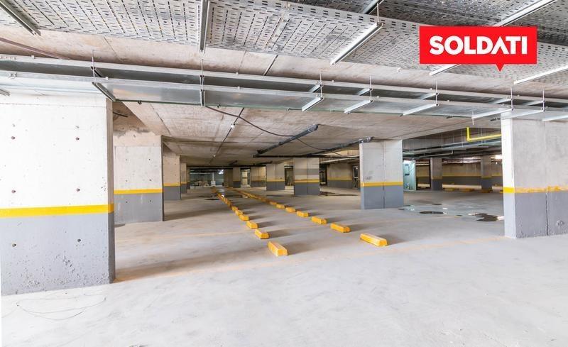 departamento de cuatro ambientes con dependencia en san isidro