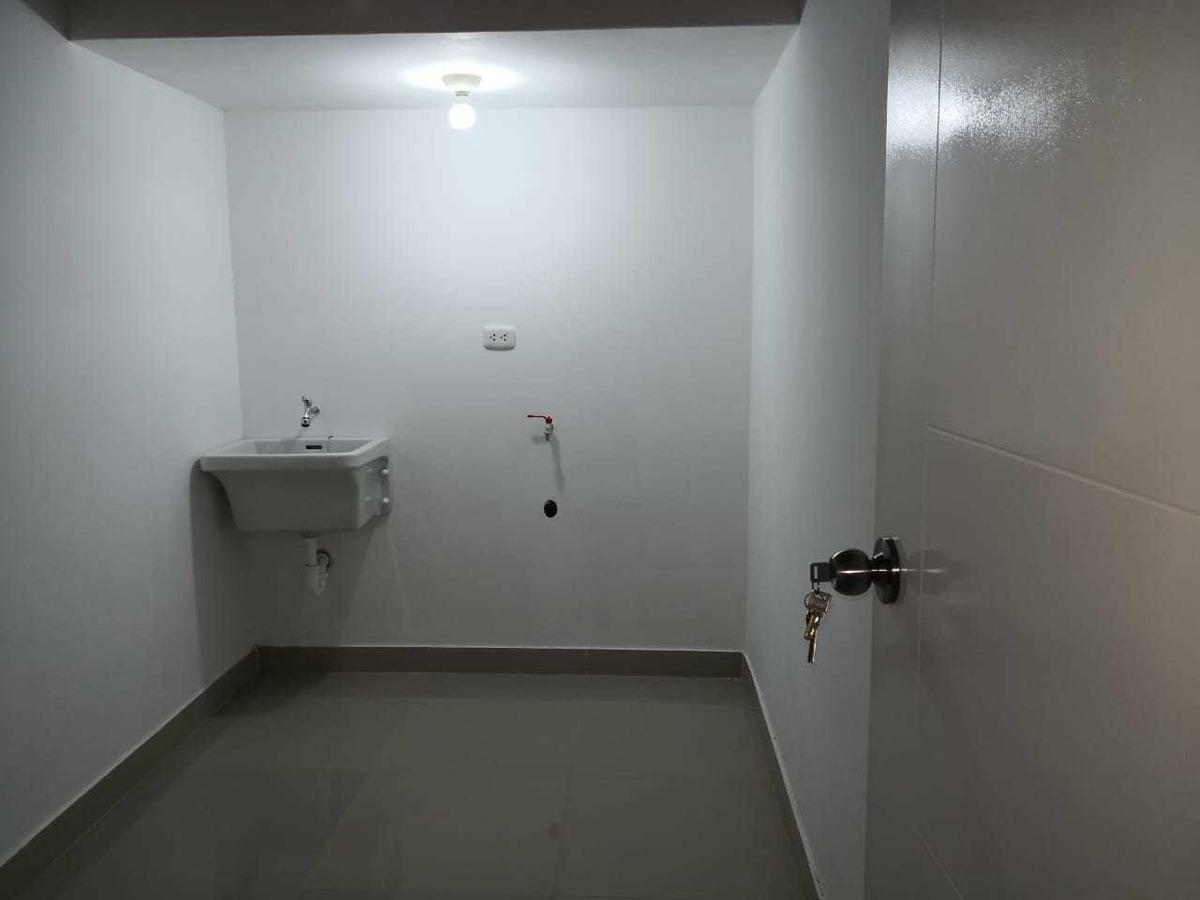 departamento de estreno en 2 piso (ubicado en zona