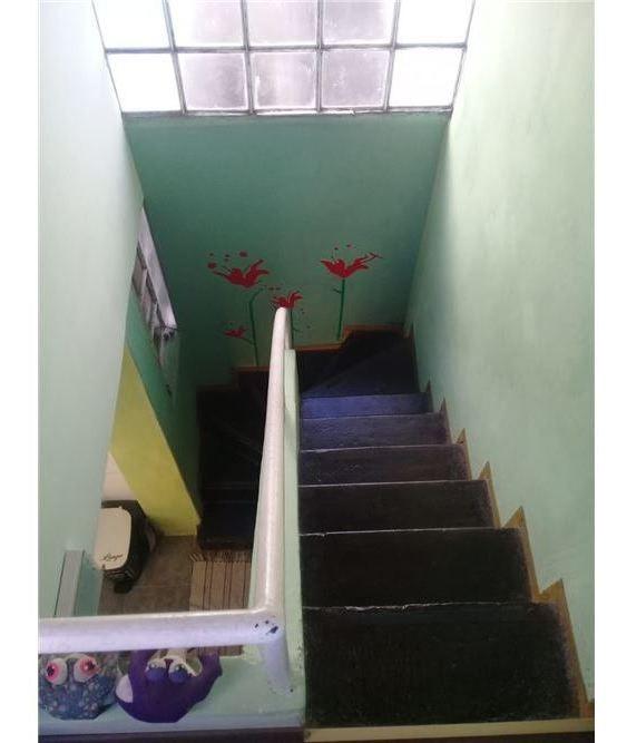 departamento de pasillo en venta abasto 2 dorm