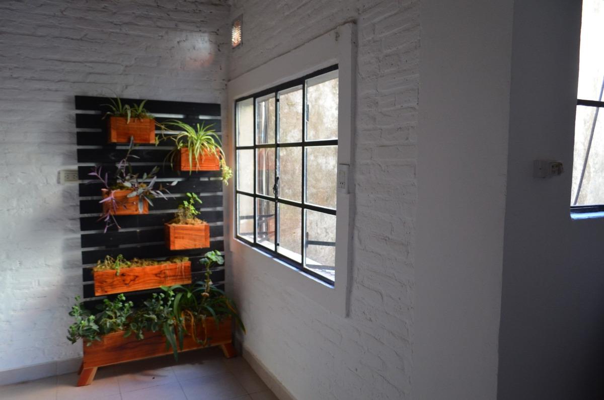 departamento de pasillo un dormitorio interno