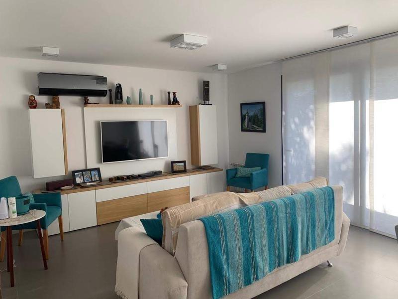 departamento de tres ambientes premium  en venta, castelar. con terraza propia. 230 m2 totales