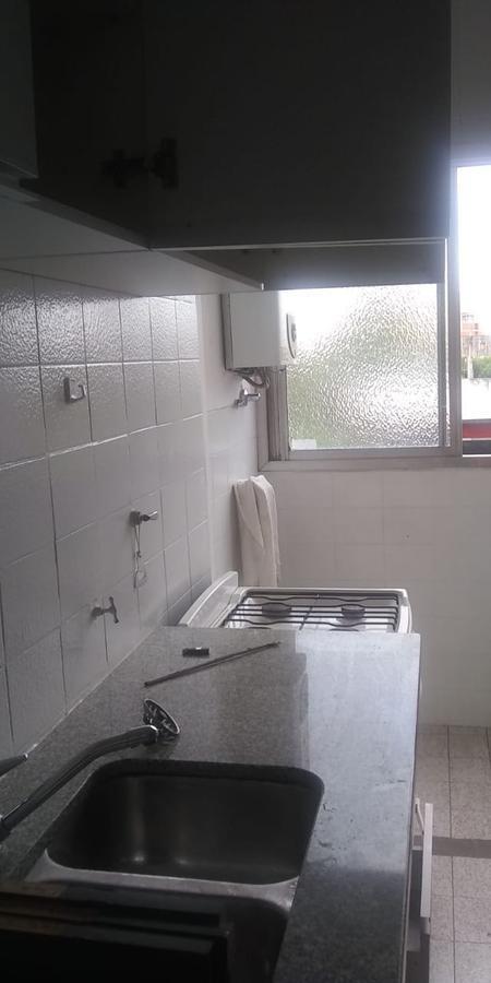 departamento de un dormitorio con cochera cubierta  - la plata