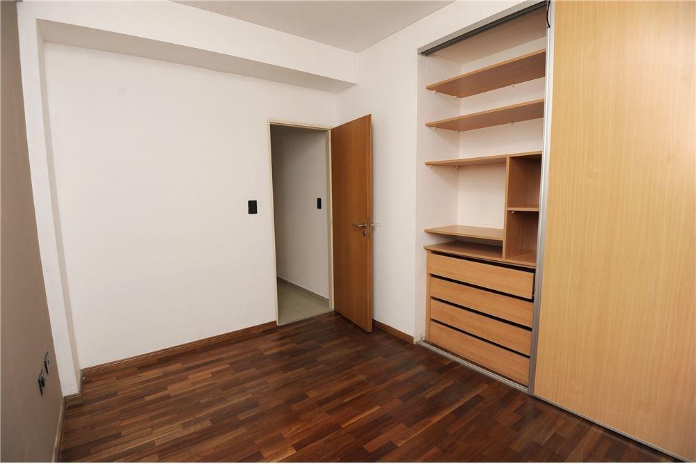 departamento de un dormitorio en venta en la plata