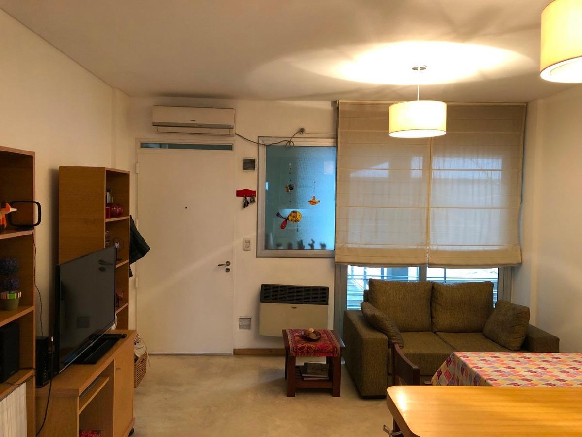 departamento dos amb venta al frente con balcón en palermo
