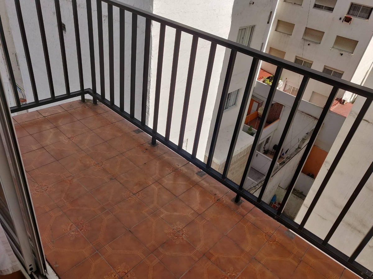 departamento dos ambientes con balcón
