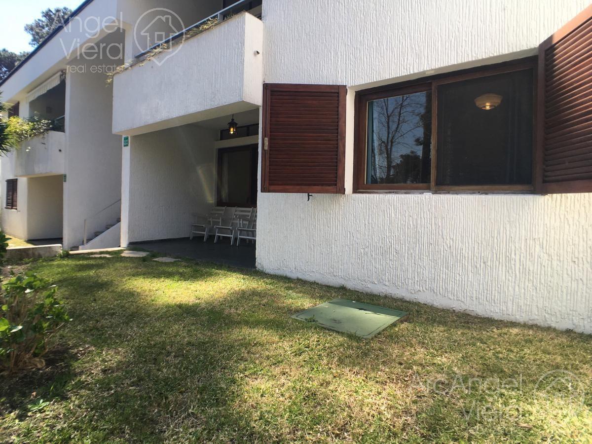 departamento dos dormitorios en alquiler  en  venta punta del este   roosevelt