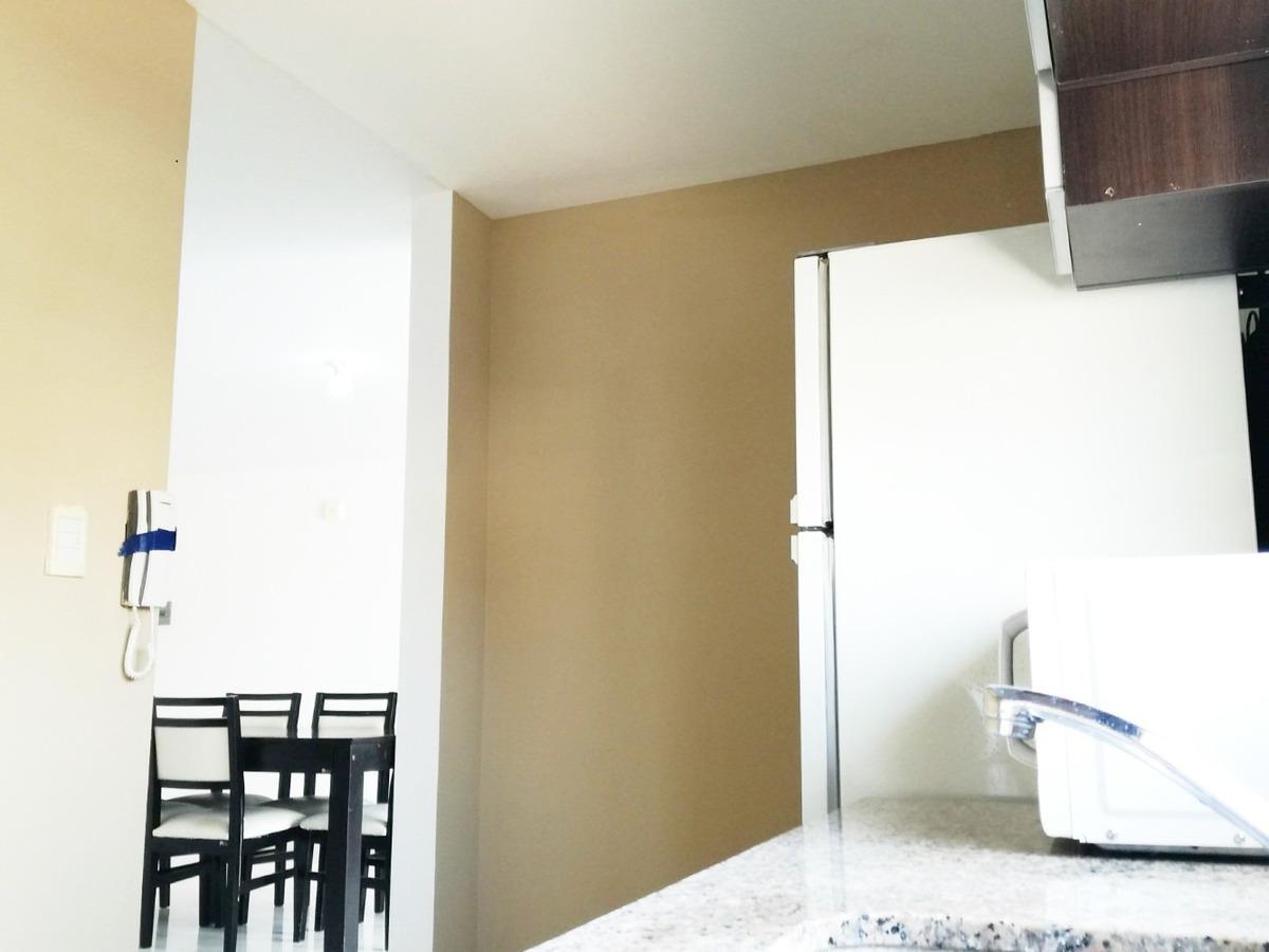 departamento dos dormitorios semi amoblado