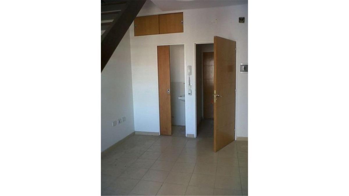 departamento duplex 1 dormitorio