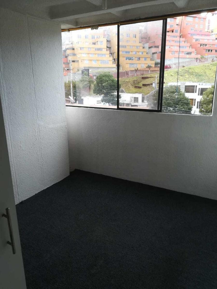 departamento duplex 2 habitaciones, 3 baños, sala, comedor.