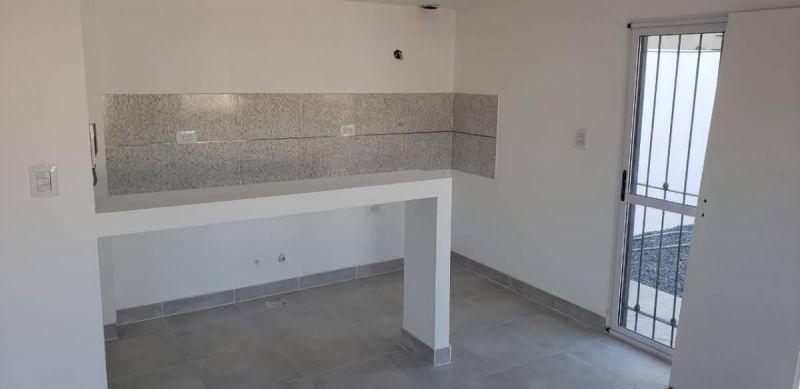 departamento duplex 3 ambientes con cochera y patio 2 planta