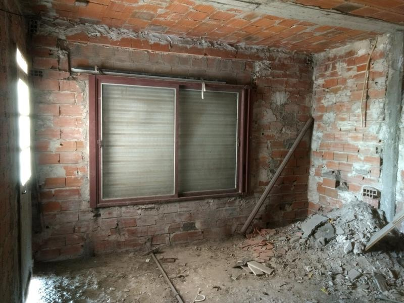 departamento eb venta en zárate centro. obra interiores a terminar.