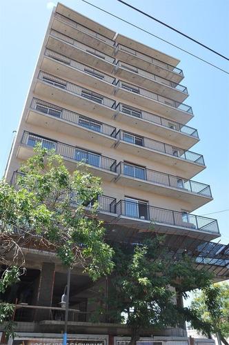 departamento en alquiler, con balcón terraza