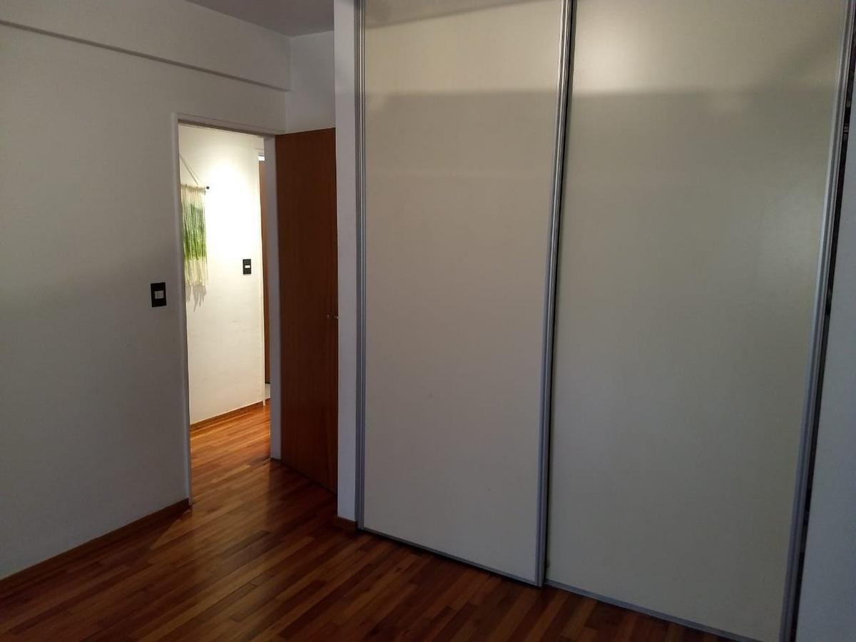 departamento en alquiler de 3 ambientes c/ cochera en lomas de zamora