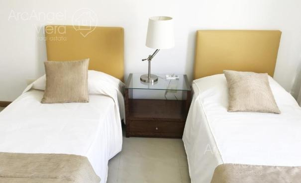 departamento en alquiler de dos dormitorios con vista al mar- punta ballena