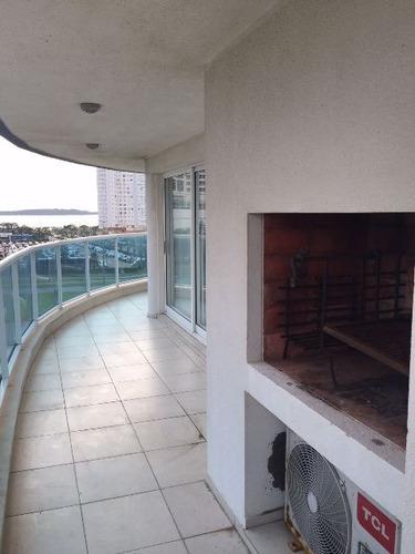 departamento en alquiler temporario  en playa mansa