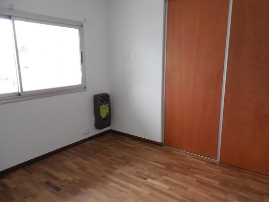 departamento en alquiler un dormitorio c/ coch. la plata