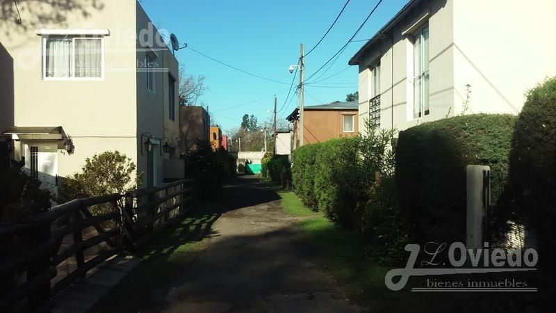 departamento en barrio privado en la reja ***