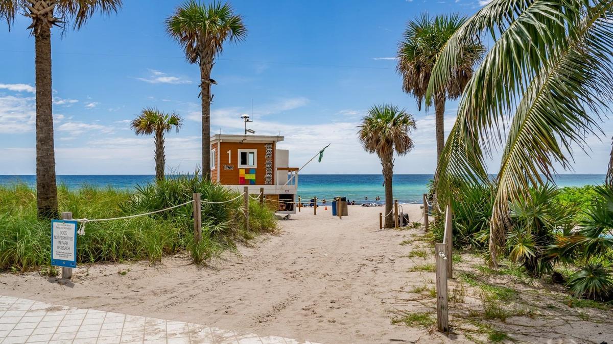 departamento en miami. alquiler temporario. resort c/ playa.
