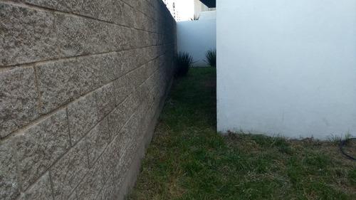 departamento en renta en el mirador zen house ii querétaro con jardín en pb