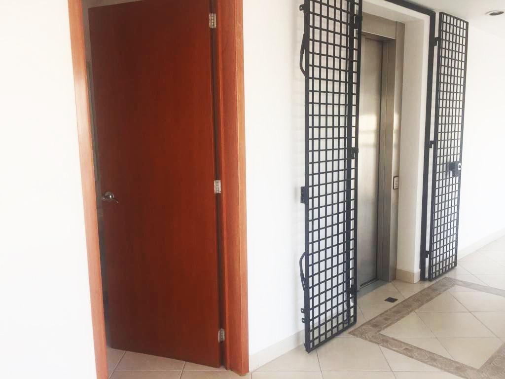 departamento en san josé insurgentes, piso completo.