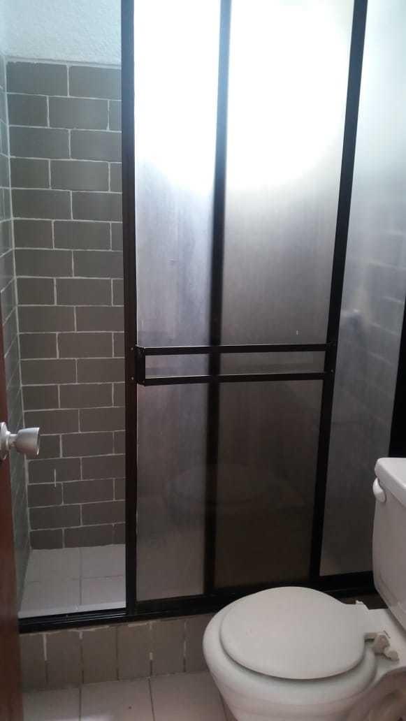 departamento en solanda condominio luis alberto valencia