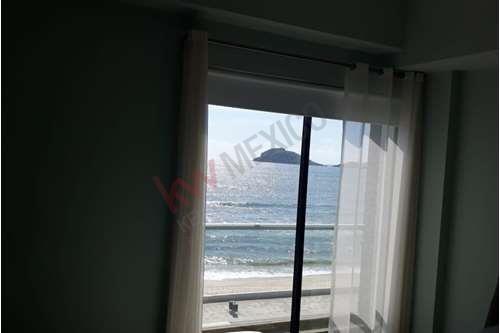 departamento en torre once con vista al mar en nivel 4 con muebles modernos