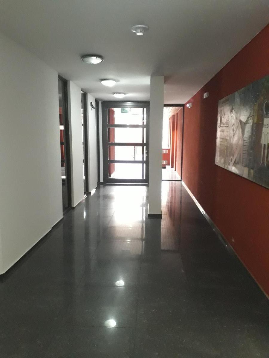 departamento en venta 1 dormitorio ,48 metros más balcón , pileta y asador !!.. una bombaaa!!!