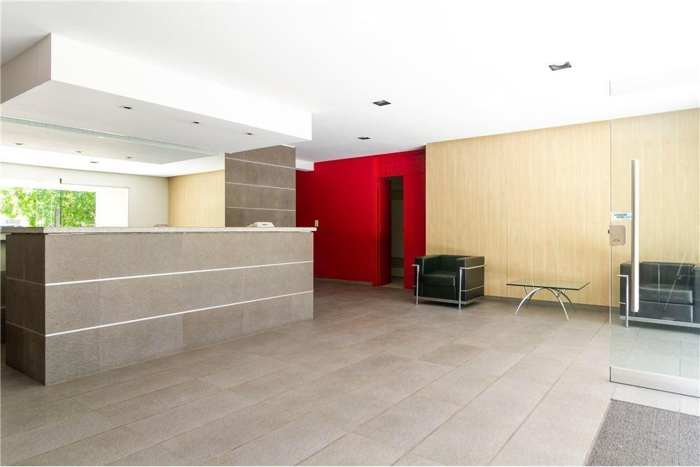 departamento en venta 2 ambientes c/ coch. y baul.