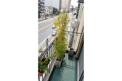 departamento en venta- 3 amb. c/dep. y balcon