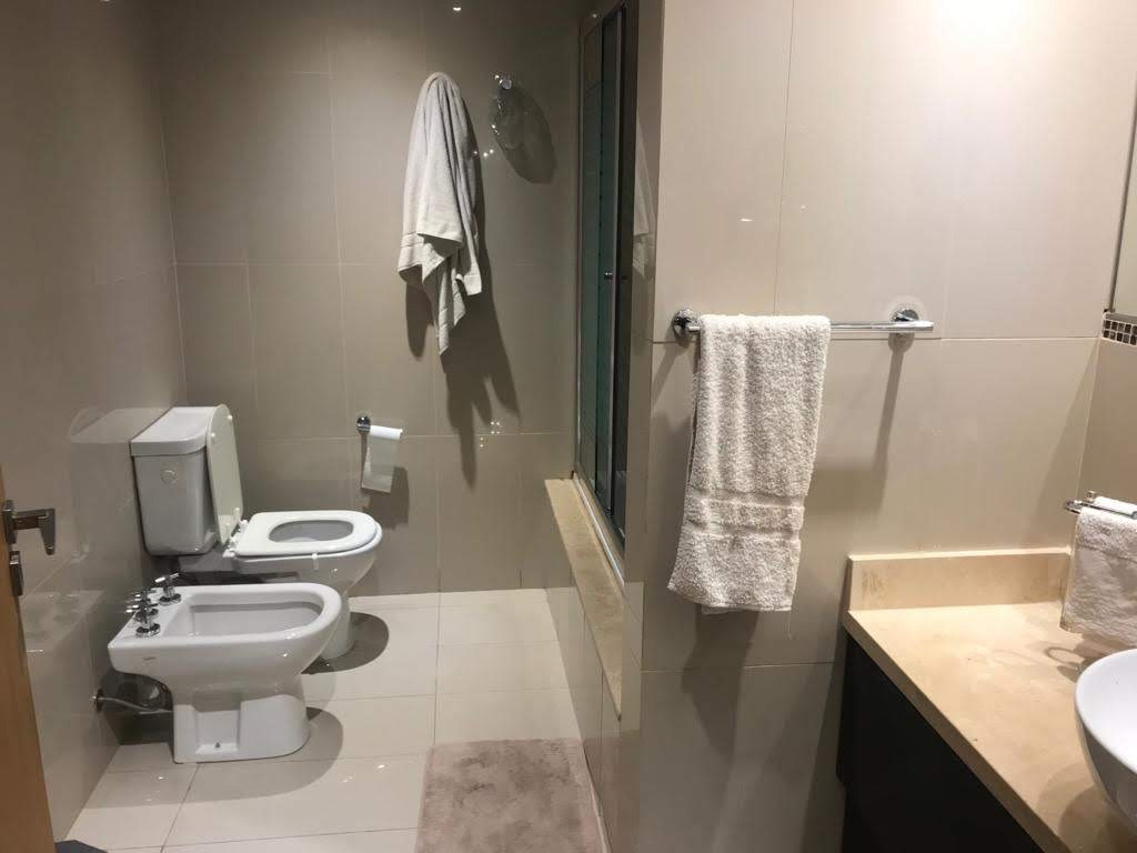 departamento en venta. 3 ambientes, 2 baños. plaza cordero
