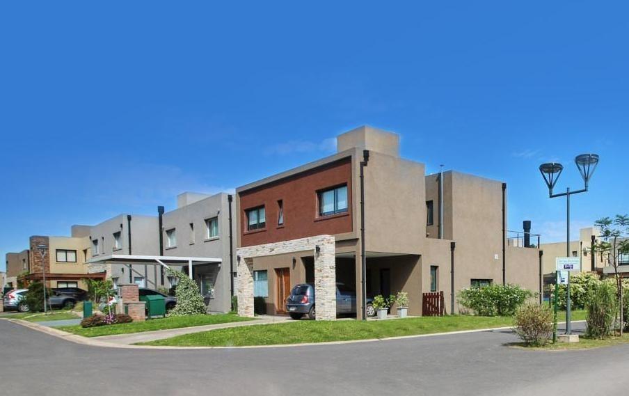 departamento en venta 3 ambientes con cochera en barrio cerrado moreno zona oeste