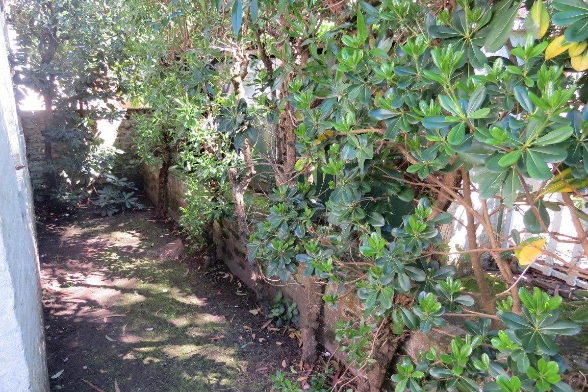 departamento en venta-3 ambientes-planta baja-jardin parrilla