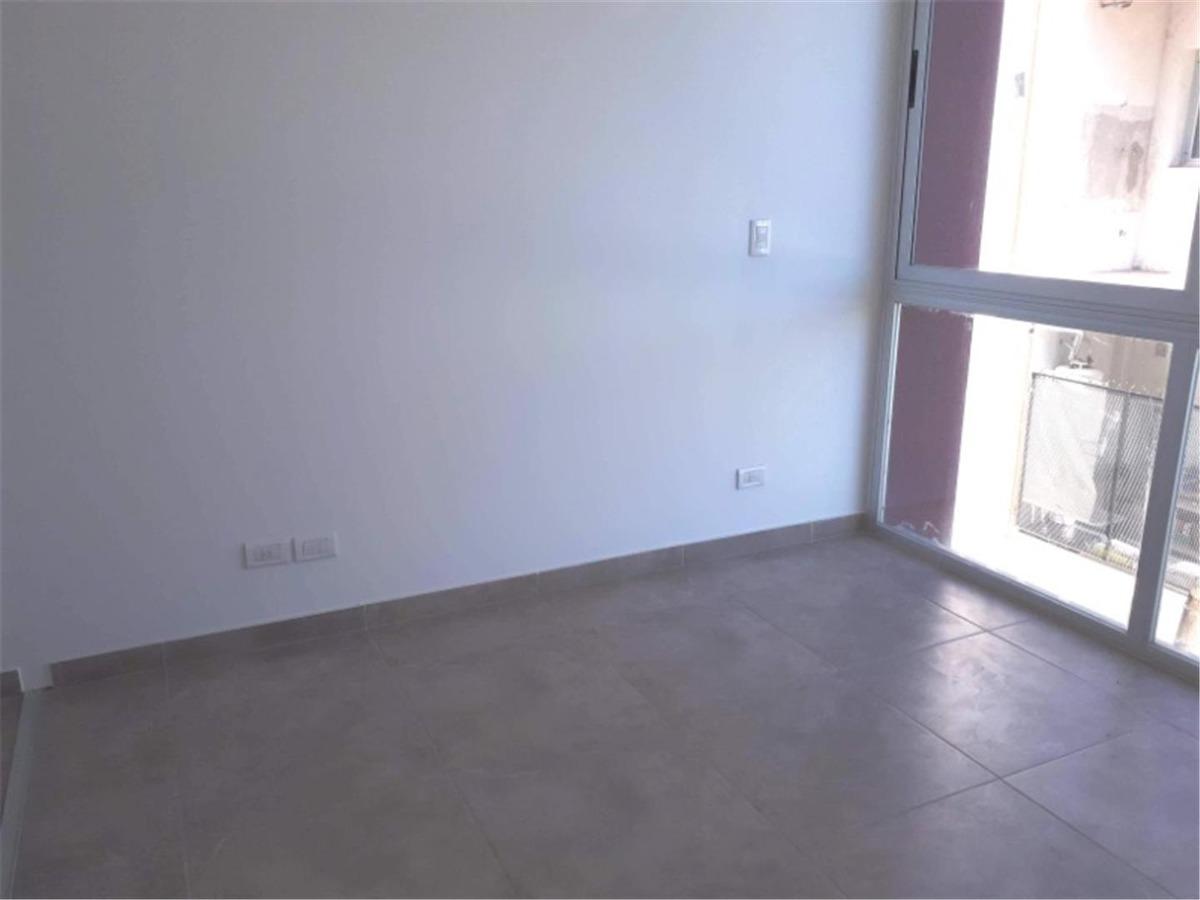 departamento en venta : 4 ambientes : a estrenar :: cochera