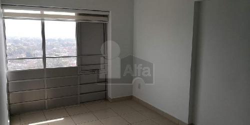 departamento en venta, colonia del gas, tres recamaras con closets, dos baños