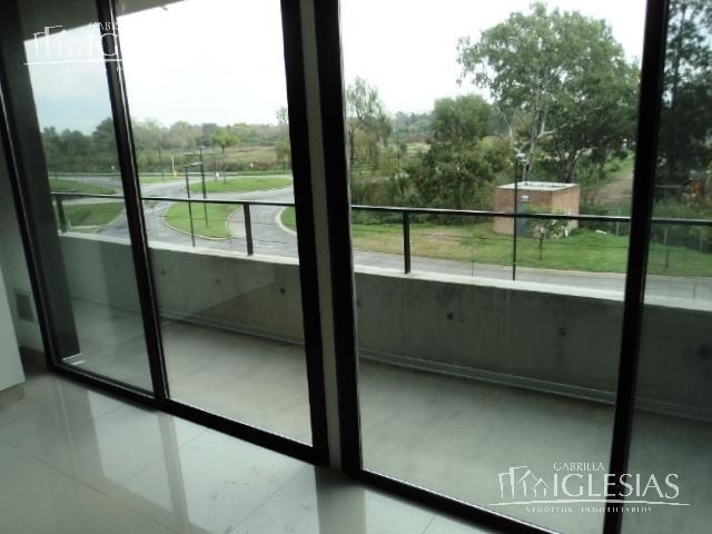 departamento en venta  con vista al río de 3 ambientes en marinas del yacht