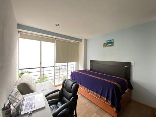 departamento en venta de 2 pisos, 116m2, 3 recamaras, en la del valle