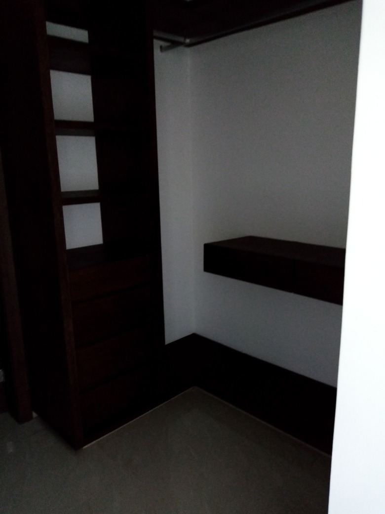 departamento en venta de 3 recámaras y 2 baños.
